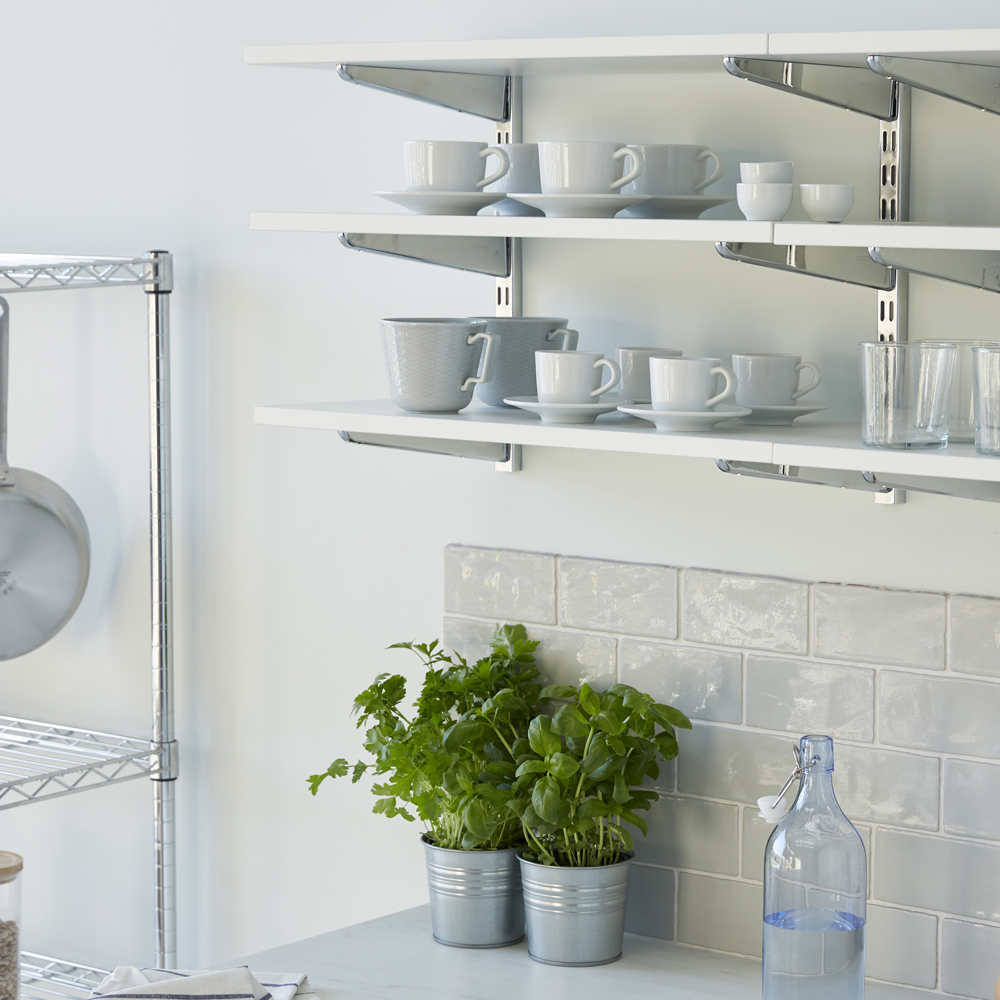 The best reasons to pick open shelving for your kitchen